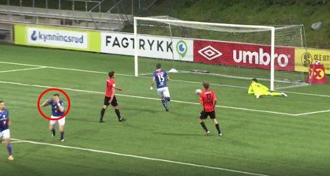 På videoen av scoringen ser man at Ole Sæter ikke kan tro hva han har sett etter Reginiussens drømmemål.