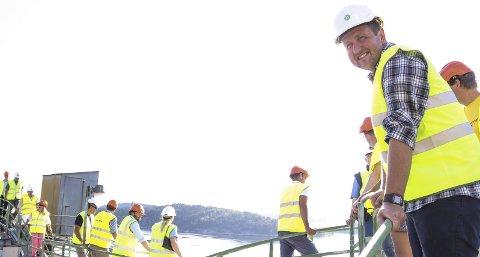 Lysere framtid: Stortingsmann fra Bjørnemyr, Truls Wickholm (t.h.), mener at Aps alternative statsbudsjett er bedre for oss lokalt.Begge foto: Staale Reier Guttormsen