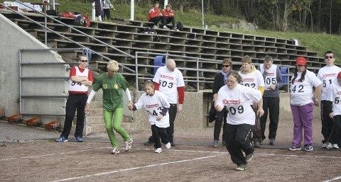 Klar ferdig gå: Mange var spente før de skulle ut å løpe.
