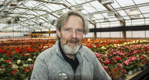 Vi skulle hatt ut enorme mengder med blomster, forteller Eystein Ruud ved Schraders Gartneri AS på Nesodden.