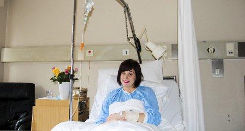 En ukes ferie: Å være på sykehus er ikke så skummelt som man skulle tro. Det er rimelig hyggelig, i grunn. Folk passer på når du skal spise, skifter på sengen din og spør hvordan du har det. Og så kan man slappe av med god samvittighet.Foto: Pekka Wendelin Mykkeltvedt