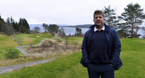 Arild Helland blir ny daglig leder i Meland Golfklubb. Nå vil Hui Gruppen AS bruke 21,5 millioner på å kjøpe banen. FOTO: EINAR LUNDSØR