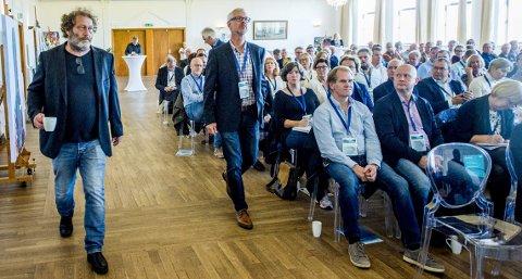 2016: Leder for Bellona, Frederic Hauge, var det store trekkplasteret på årets Ørakonferanse der han snakket om  bærekraftig industri og Bellonas arbeid gjennom 25 år.        Foto: Erik Hagen