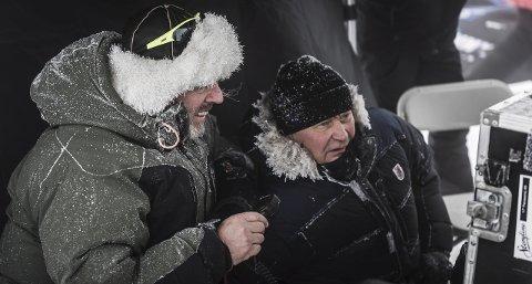 Intenst: -Jeg visste det ville bli et helvete, sier Nils Gaup (t.h.) om innspillingen av «Birkebeinerne» i vinter og med mange dyr med, sier regissøren, her med sin fotograf Peter Mokrosinski.