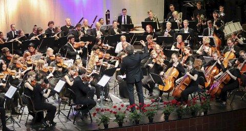 SHAKESPEARE: Åpninga på den Symfoniske Festkonserten som avsluttet Festspill Helgeland 2019 var «Romeo og Julie» av Sergei Prokofiev. Det ble en stor opplevelse for vår anmelder. Foto: John Steinar Linga