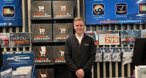 TOMT: Runar Olsen hos Power Hammerfest forteller at de er helt fri for vifter og aircondition.