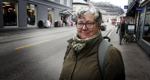 Tilbaktes: Inger Christensen går fra næringssjef til kommuneplanlegger. Fra årsskiftet skal hun arbeide med en ny kommuneplan.foto: jarl Rehn-Erichsen