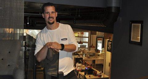 VIL MER: Kjetil Zazzera har hendene fulle med Cafe Riis, men vil likevel dra i gang en ny restaurant i Møllebyen. - Moss trenger noe nytt, sier han.