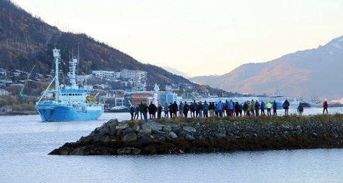 SKJULT?: Politiet slo til mot «Lance» da den la til kai i Tromsø 14. mai i år. Skipperen nekter for at mannen ble holdt skjult for politiet.