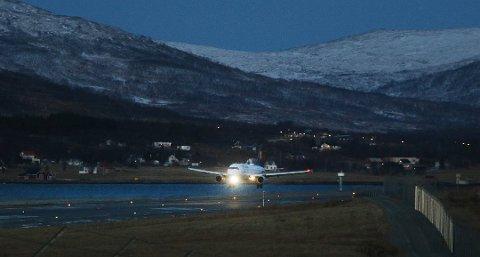 TILBAKE: Lufthansa landet lørdag igjen på Langnes etter ni måneders fravær. Det kan bli lenge til neste gang.