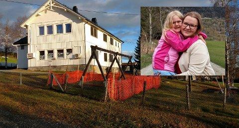 VIL BEHOLDE: Malin Jørandli Bratlien (24) og datteren Elise Taaje (5) vil begge at Solheim barnehage i Torpa opprettholdes.