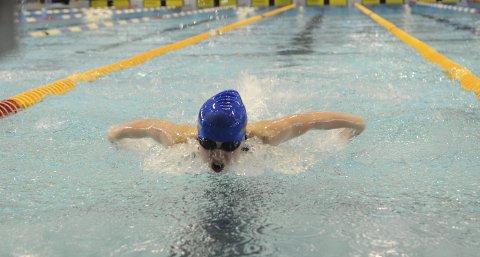 FIKK IKKE UT SITT BESTE: Anledningen ble litt for stor for Oda Erikka Holberg som svømte inn til en 24. plass i NM fredag. (Foto: Håvard Hofstad Ruud)
