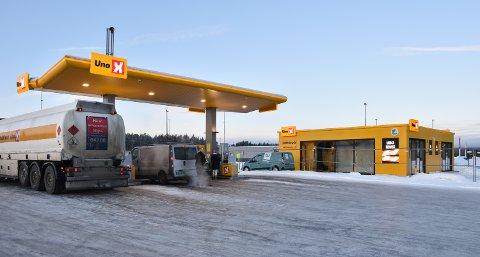 MILJØMERKET: Vaskehallen er bygd ved siden av automatstasjonen på Grindalsmoen.