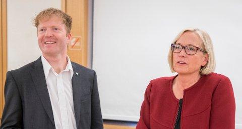 VIL REVERSERE: Stortingsgruppa til Senterpartiet, her representert ved Marit Arnstad og Sigbjørn Gjelsvik.