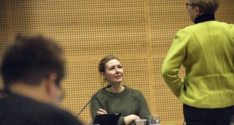 TRIVES: Else Marie Rødby (Sp) trives i rollen som rådgiver på Stortinget. Sist uke fikk hun ny arbeidsplass og helt nye arbeidsoppgaver.