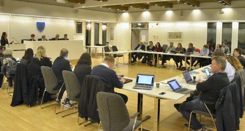 SISTE: Det var et historisk møte i Røyken kommunestyre tirsdag da de behandlet Røyken kommunes aller siste budsjett (2019).
