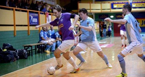 PÅ MEDALJEPLASS: Martin Christiansen og Sandefjord Futsal hoppet fra fjerde- til andreplass på tabellen etter helgens to seiere.