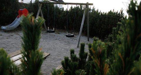 Det var på denne lekeplassen på Jamnholen at knivstikkingen skal ha funnet sted natt til 31. oktober.