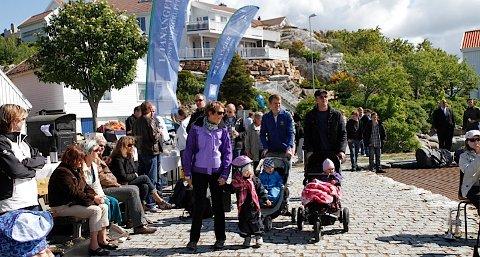 Allerede tidlig på dagen krydde det av folk i Tananger indre havn, og flere strømmet på utover dagen.