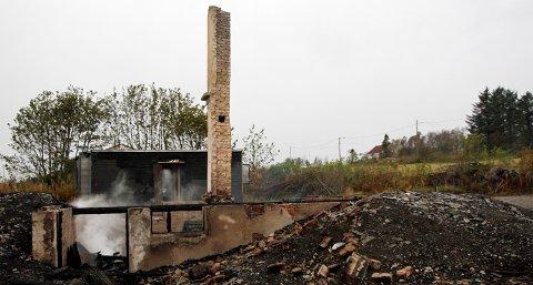 Huset som brant natt til søndag var ubebodd.