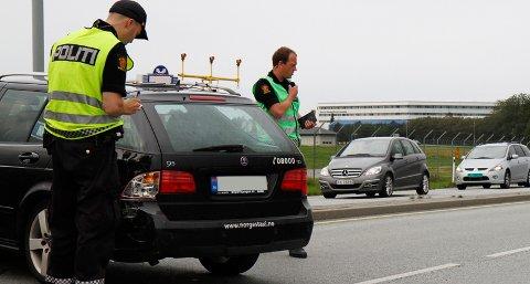 Det ble mindre materielle skader på bilene som var involvert i ulykken fredag formiddag.