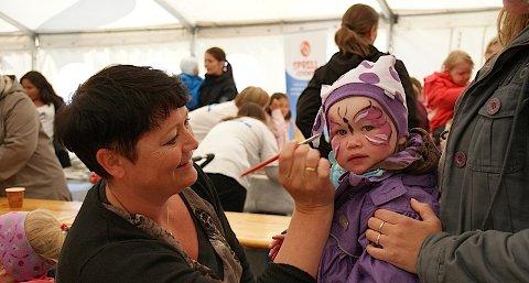 Kate Rott Skarstad gjorde barna ekstra flotte på Barnas dag.