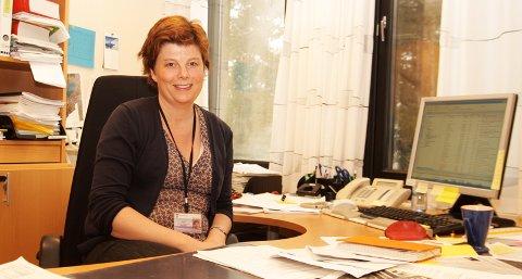 Med rådmann Ingrid Norbø i spissen skal nå Sola kommune bruke sosiale medier for å få bedre kontakt med innbyggerne.