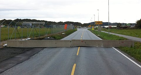 Natt til onsdag ble Sentrumsvegen stengt for biltrafikk. Nå vil Vegvesenet åpne sørgående felt for å redusere køproblemene i Sømmevågen og på Tanangervegen.