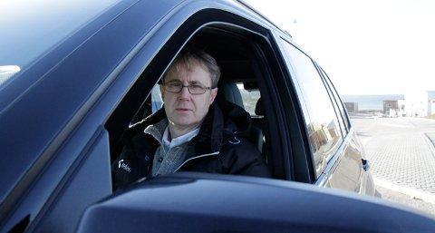 Bjørn Amundsen, dekningssjef i Telenor, innrømmer at mobildekningen er for dårlig på Skadberg og Myklebust.
