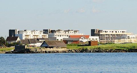 Myklebust og Jåsund er byggeområder der kommunen er hovedutbygger. I mange år fremover vil kommunen bygge her. Omtrent halvparten av disse boligene skal selges til markedspris på lik linje med de private utbyggerne i området.