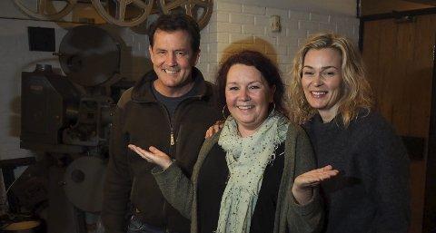 Årets nye skuespillere:  Dette er årets nye skuespillere, sier Christin Grilstad Prøis og presenterer Sturla Berg-Johansen og Line Cecilie Verndal.