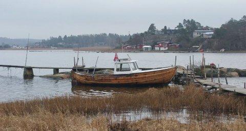 FUNNET FORTØYD: Politiet ba om tips om denne båten.