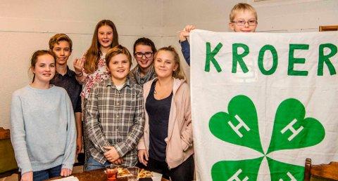 Det nye styret i Kroer 4H består av følgende, fra venstre, Martine Martinsen, Konrad Meldal-Johnsen, Maylinn Stubberud, Olav Ottestad, Andrea Stubberud, Mathilde Granhus, og Mathias Granhus.