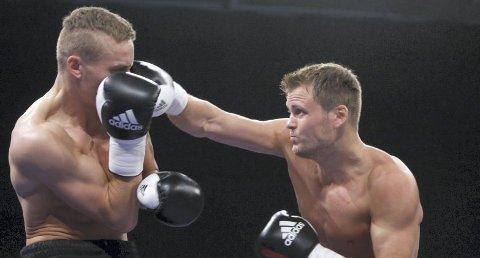 Lovende: Tom-Robin Lihaug (t.h.) står med 16 seire og to tap på 18 proffkamper.