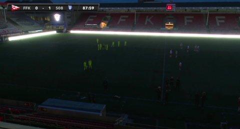 Torsdag kveld gikk lyset på Fredrikstad stadion da det var kamp mellom FFK og Sarpsborgs G19-lag.