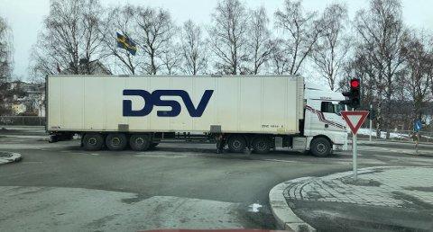 STOPP: Bromsgårdskrysset lørdag ettermiddag.