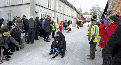 AKING: Akedagen går som planlagt søndag, men i en kortere løype med start her på Herdahlshjørnet.FOTO: JENS HAUGEN