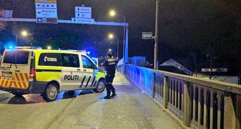 ULYKKE: Mannen ble påkjørt av en drosje på bybrua i Halden. Arkiv.