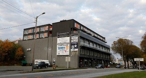 HAR LEVERT ANBUD: Flotmyrgården er aktuell som beredskapsmottak. Nye avtaler gjøres denne måneden. Foto: Alf-Robert Sommerbakk