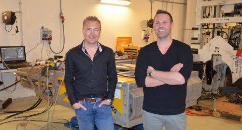 TENKJER ALTERNATIVT: Kjetil Njærheim er forretningsutviklar og Thomas Aunvik er gründer og dagleg leiar i Envirex AS på Kleppe. Firmaet lagar fjernstyrte system og leverer i hovudsak til olje- og gassnæringa.