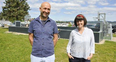 Støtter lokale formål: Petter Irgens Gustafson, Marie Olaussen og resten av Backersrådet har blant annet gitt 1,5 millioner kroner til brygge og ballbinge ved Hagemannsparken. Rådet har fremdeles rundt en million kroner igjen å dele ut. FOTO: BJØRN TORE BRØSKE