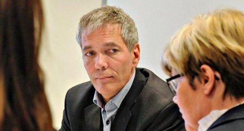 Sverre Gotaas, her fra et møte da han var styreleder i Høgskolen i Buskerud.