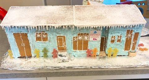 TIL TOPPS: Villenga barnehage pyntet seg til 5.000 kroner i ØB og Eie Eiendomsmeglings årlige pepperkakehus-konkurranse.
