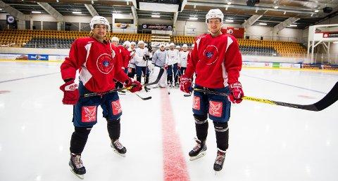 Ny start: Spillende trener James Sixsmith (t.v.) og kaptein Olai Sveine Johannessen står i spisse for en gjeng som vil raskest tilbake til eliteserien. Foto: Vidar Sandnes