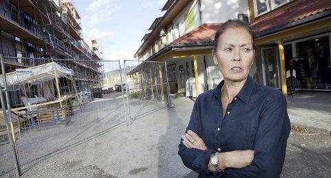 SKUFFET: Audrie Reaver er skuffet over svaret hun har fått fra Hurum kommune. – Kommunen har tatt altfor lite hensyn til oss næringsdrivende, sier Reaver.