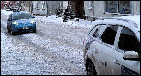 SNØ: Mandag tror meteorolog Terje Alsvik Walløe snøen vil drysse over Sarpsborg.