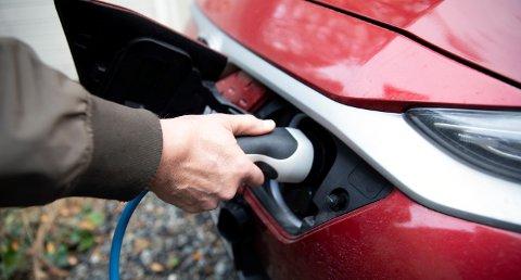 Stor etterspørsel gir lange ventelister på nye elbilmodeller.