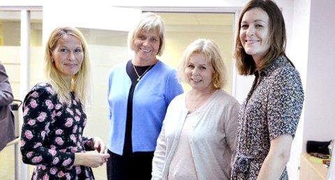 Ble åpnet: Ordfører Hedda Foss Five (t.v.), kommunalsjef Guro Winsvold og livskrisehjelperne Lena Bjerke og Vicki Nygaard.