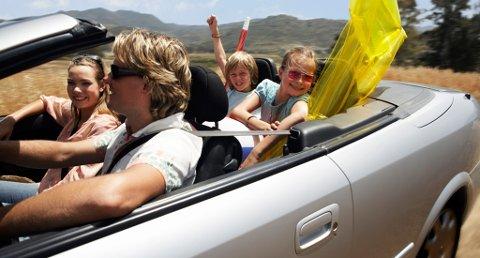 For at ferieopplevelsene med leiebilen skal bli så positive som mulig, bør du sjekke vilkårene nøye før du signerer kontrakten.