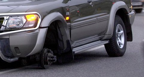 Mister man hjulet i fart kan det medføre store materielle skader. Illustrasjonsfoto